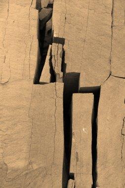 Breack in stone