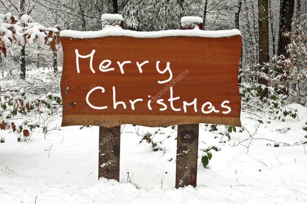 Joyeux Noël écrit Sur Une Pancarte En Bois Enneigée En Hiver