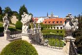 Praha - Vrtbovská zahrada a Hradčanech hrad