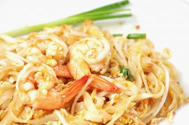 Thai food Pad thai , stir-fried rice noodles (Pad Thai)