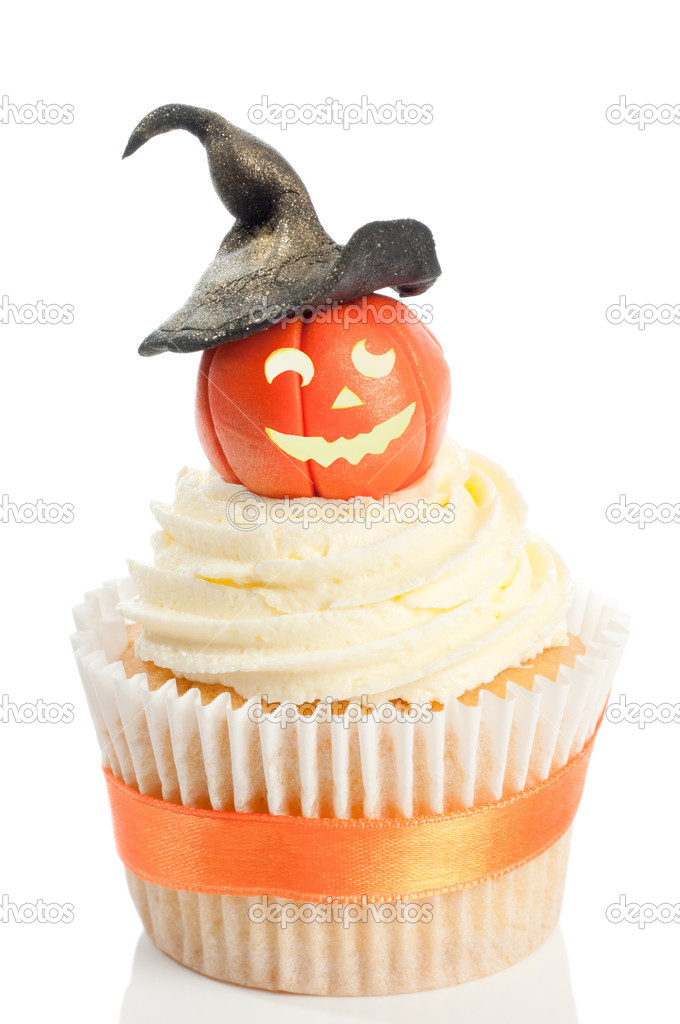 Pumpkin With Witches Hat