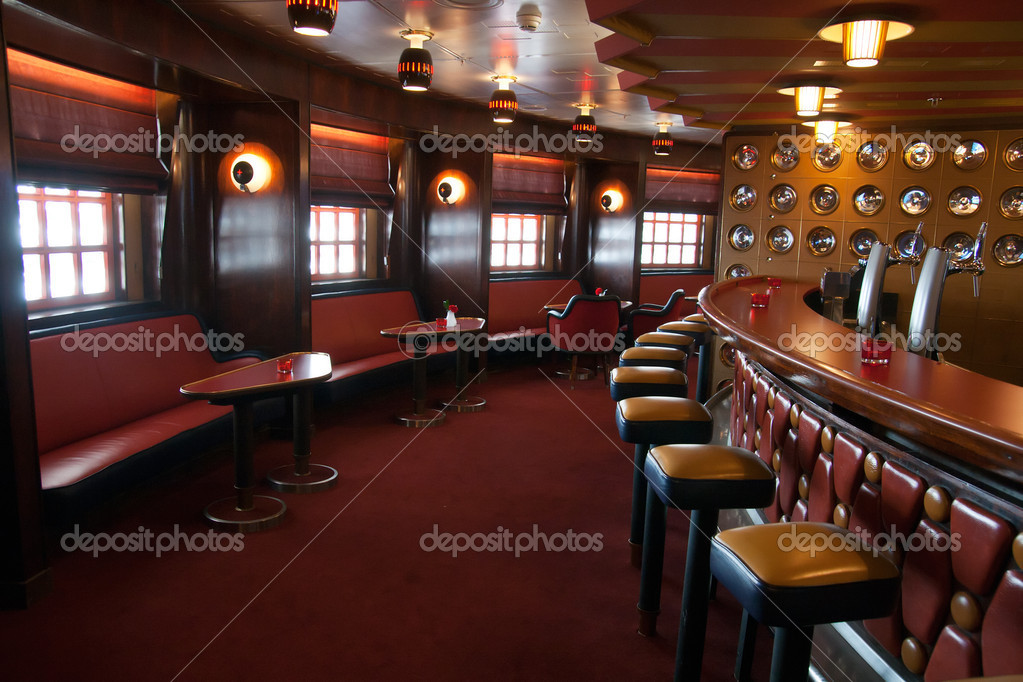 Kreuzfahrt Bar Interieur — Stockfoto © Foto-VDW #11546690