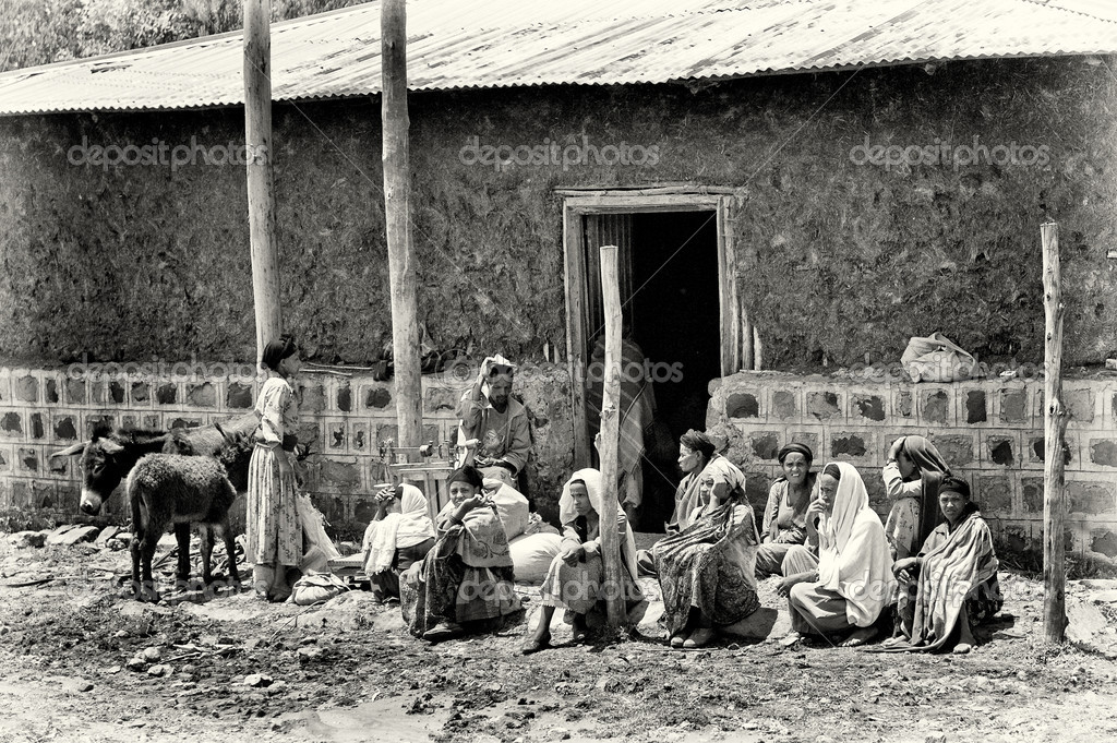 Group of Ethiopian sit on the ground
