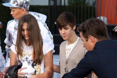 Paris Jackson, Justin Bieber