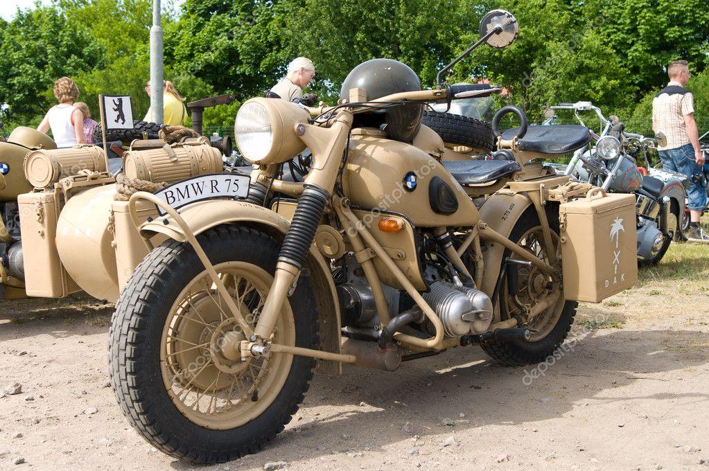paaren glien im, germania - 26 maggio: militare moto bmw r75