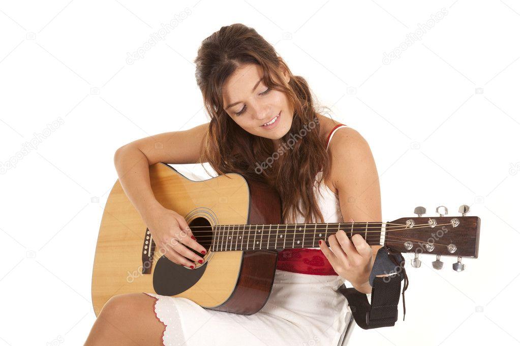 Jouer Photographie La De Guitare Alanpoulson ©11968996 Blanche — Robe stQdChr