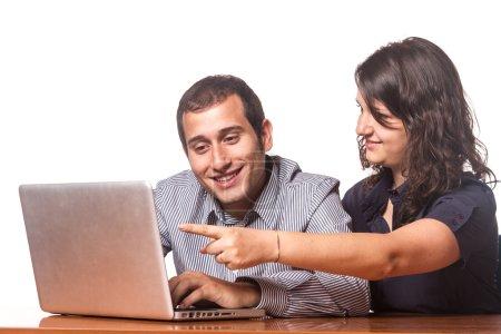 l'équipe entreprise heureux ou étudiants au travail
