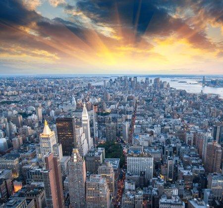 Photo pour Gratte-ciel de New York - Manhattan, Vue aérienne - image libre de droit
