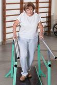 Zralá žena s ambulantní terapie