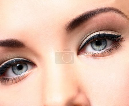 Beautiful eyes with makeup