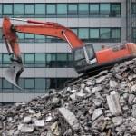Demolition excavator machine after cleaning.