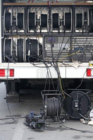 TV broadcast car