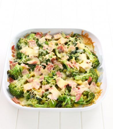 Baked broccoli with ham