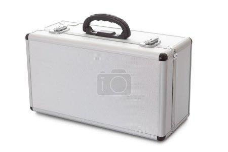 Photo pour Photos de valise en métal. Isolé sur blanc - image libre de droit