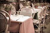 Tradiční pařížské kavárny