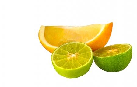 Photo pour Belle image isolée de Deux Limes et un citron - image libre de droit