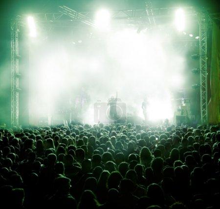 Photo pour Music.concert direct et fond public - image libre de droit