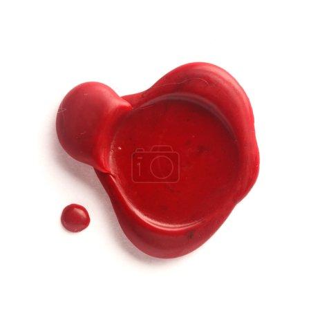 Photo pour Sceau de cire rouge isolé sur blanc - image libre de droit