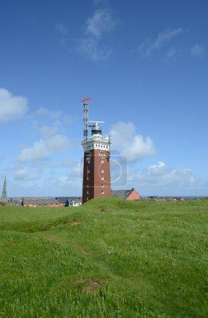 Photo pour Phare sur l'île d'helgoland, avec un ciel bleu - image libre de droit