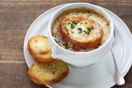 Photo pour Aussi, soupe gratin d'oignon - image libre de droit