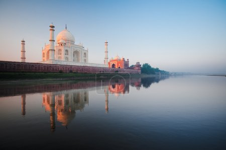 Taj Mahal River Sunrise Agra Morning