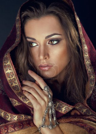The model in the form of Indian princess