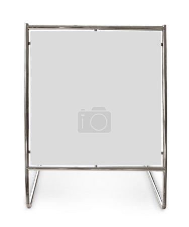 Photo pour Panneau métallique isolé sur fond blanc - image libre de droit
