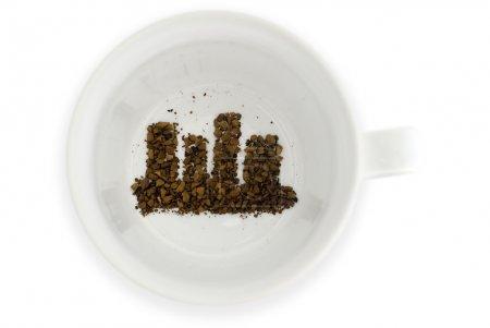Photo pour Marc de café se lit l'avenir pour l'immobilier. - image libre de droit