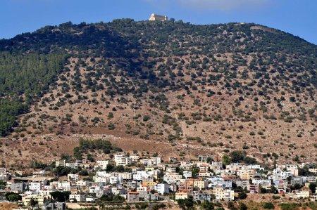 Foto de La Basílica de la Transfiguración en el Monte tabor que encuentra en la baja Galilea, en el extremo oriental del Valle de iezreel, israel. - Imagen libre de derechos