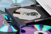 DVD podnos otevřen