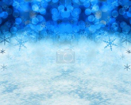 Photo pour Festif fond de neige de Noël comprend vraie neige dans la partie inférieure la moitié de l'image. - image libre de droit