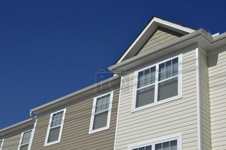 Townhouse with vinyl siding