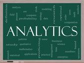 Analytics word Cloud-Konzept auf einer Tafel