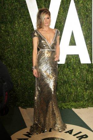 Foto de Los Ángeles - 26 de feb: Diora llegará a la fiesta Feria de oscar 2012 vanidad en la torre al atardecer el 26 de febrero de 2012 en west hollywood, ca - Imagen libre de derechos