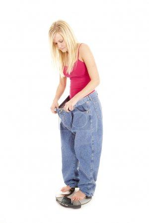 Big pants scales look down