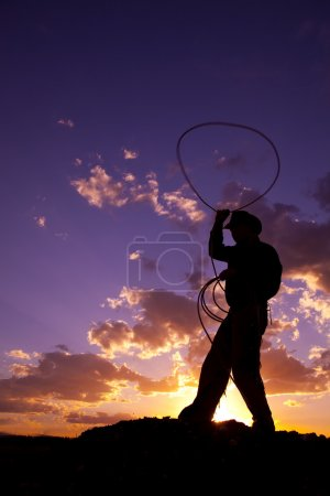 Swinging rope up