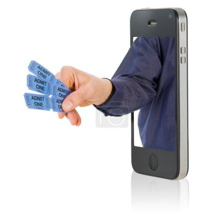 Photo pour Une main tenant que certains admettent billets bleus - image libre de droit