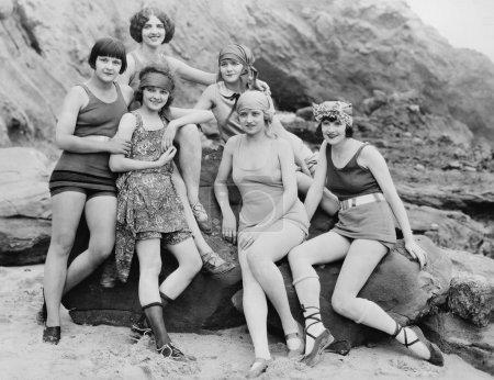 GIRLFRIENDS, 1924