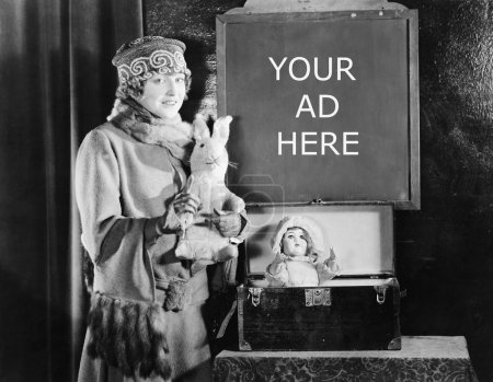 Foto de Mujer ansiosa y firmar con el número de días de compras hasta Navidad - Imagen libre de derechos